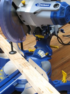 Kobalt 10 Quot Sliding Compound Miter Saw Review One Project