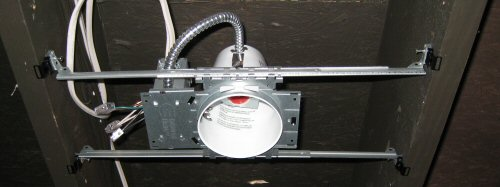 recessed-lighting-can-fixture-mounted-in-a-joist