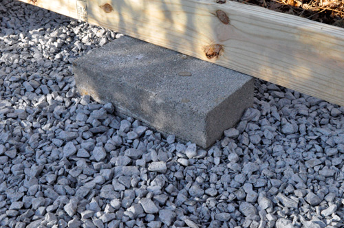 How to build a skid foundation for a shed guide bahrully for Cement block foundation