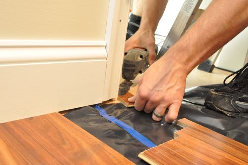 how to fix gaps along lenght of laminate floor