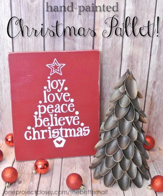 DIY Christmas Pallet from One Project Closer