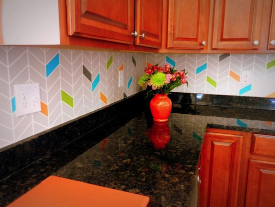 DIY-painted-backsplash-colorful-03_zpsf16b0bf2